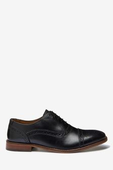 Кожаные оксфордские туфли со вставкой на носке