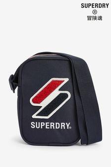 Superdry海軍藍運動風格節慶側背包