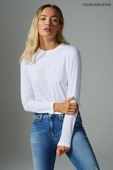 חולצת טי ארוכה של Calvin Klein עם לוגוInstitutional
