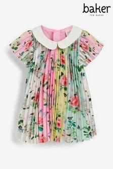 فستان بطيات منBaker by Ted Baker