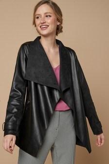 Куртка с воротником «водопад» из полиуретана