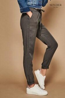 Spodnie dresowe Sonder Studio TENCEL™ z brokatowym lampasem