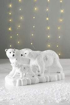 Large Polar Bear Family