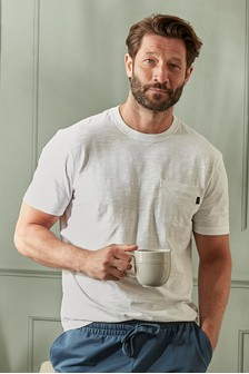 חולצת טי במראה משופשף