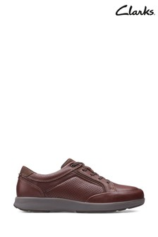 Clarks Mahogany Leather Un Trail Form 2 Shoes