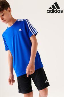Niebieski komplet adidas Performance: szorty i koszulka z trzema paskami