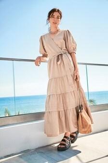 Платье с запахом и пышными рукавами