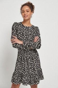 Платье с узором