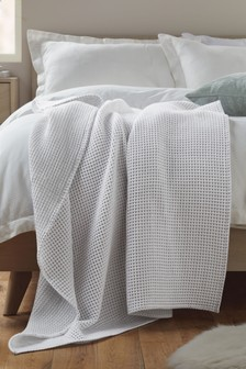Casual Two Tone Waffle Throw
