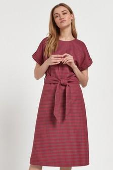 Midi šaty s opaskom