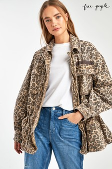 Free People Size The Day Jacke mit Leopardenmuster