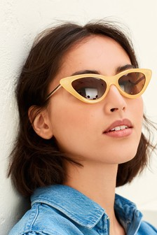 نظارة شمسية طراز عين قطة مدببة