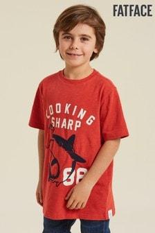 Červené tričko FatFace s nápisom Looking Sharp