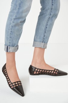 Pointed Cut-Out Ballerina Shoes