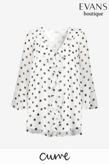 חולצת מלמלה עם נקודות בצבע שנהב עם מלמלה מקדימה למידות גדולות שלEvans