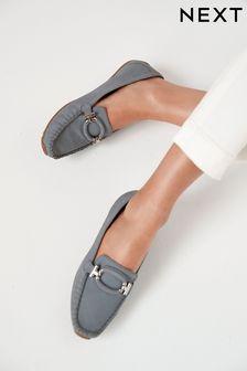 Kožené topánky s cvokmi