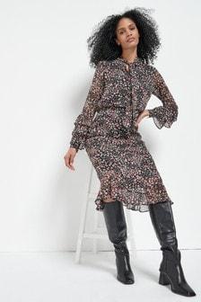 Платье миди с завязкой на вырезе