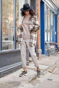 Женские джинсы в винтажном стиле