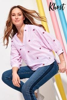 חולצה עם פסים ודוגמת תותים בצבע וורוד שלKhost