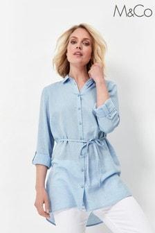 חולצה חלקה עם קשירה במותניים של M&Co