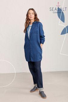 חולצה כחולה דגם Forester של Seasalt Cornwall