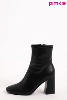 מגפיים מחודדים שלPimkie