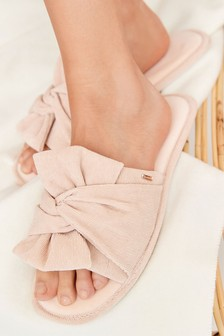 Hausschuhe mit Zierschleife