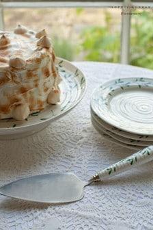 Sophie Conran Portmeirion Christmas Mistletoe Cake Server