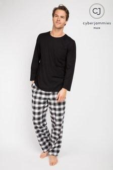 מכנסיים משוצבים וחולצת טי עם צווארון עגול ושרוול ארוך של Cyberjammies