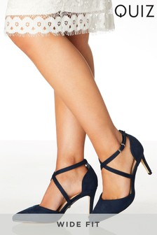 Quiz Wide Fit Pointed Strap Courts