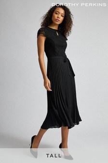 Dorothy Perkins Plissiertes Kleid, Langgröße