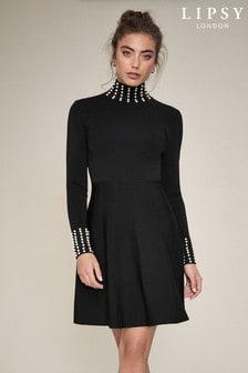 فستان منسوج بلؤلؤ على الرقبة والأساور من Lipsy