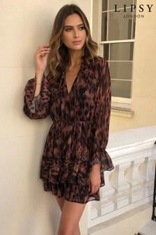 Lipsy Gesmoktes Kleid mit Rüschen