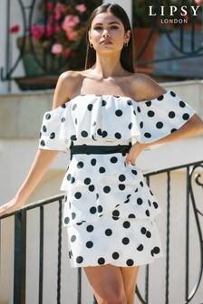 שמלת מיני מתרחבת של Lipsy בגזרת ברדו