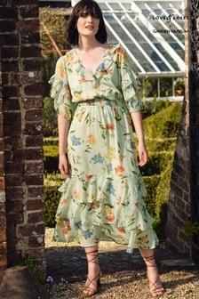 שמלת מידי פרחונית שלLove & Roses בעיצוב קומות