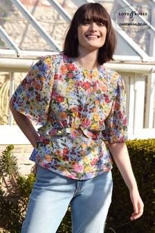 חולצת פפלום שלLove & Roses עם שרוולים מתנפנפים