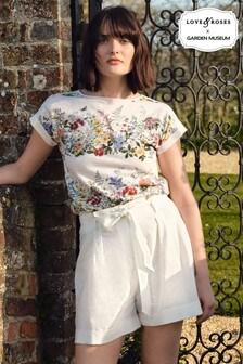 חולצת טי עם שרוול רול של Love & Roses