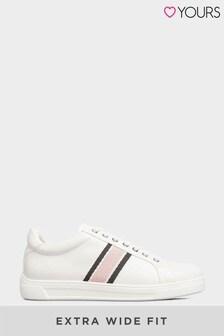 حذاء رياضي جلد صناعي خطوطمقاس بالغ العرض منYours