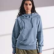 Hoodes & Sweatshirts