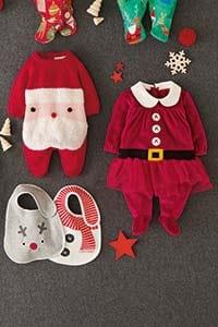 Babys erstes Weihnachtsfest