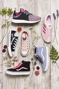 Zapatos y zapatillas de deporte de niña