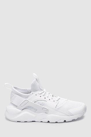 get cheap b2995 a64f0 White Nike Huarache Youth ...