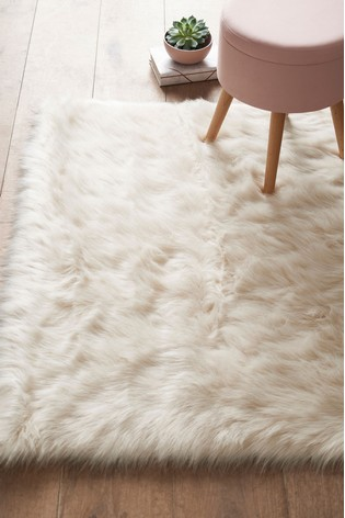Faux sheepskin rug Ivory Ivory Luxury Faux Sheepskin Rug Nextcouk Buy Luxury Faux Sheepskin Rug From The Next Uk Online Shop