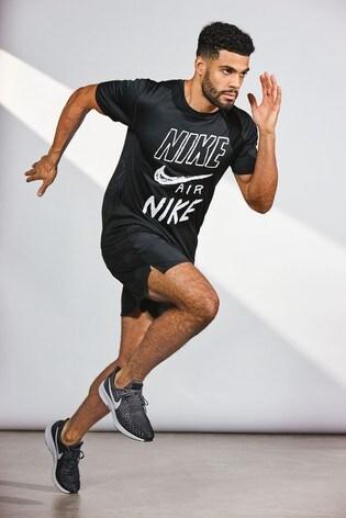 e970255b Buy Nike Air Black Breathe Run Tee from Next Luxembourg