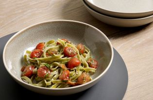 Buy Set of 4 Green Reactive Pasta Bowls from Next Ireland