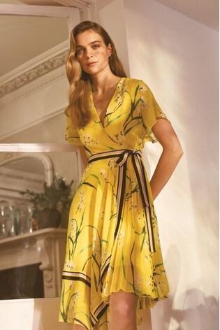 0b29964e4c Buy Karen Millen Yellow Pleated Floral Midi Dress from Next Bahrain