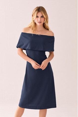 a18b574a459 Marineblau Kleid mit Carmen-Ausschnitt ...