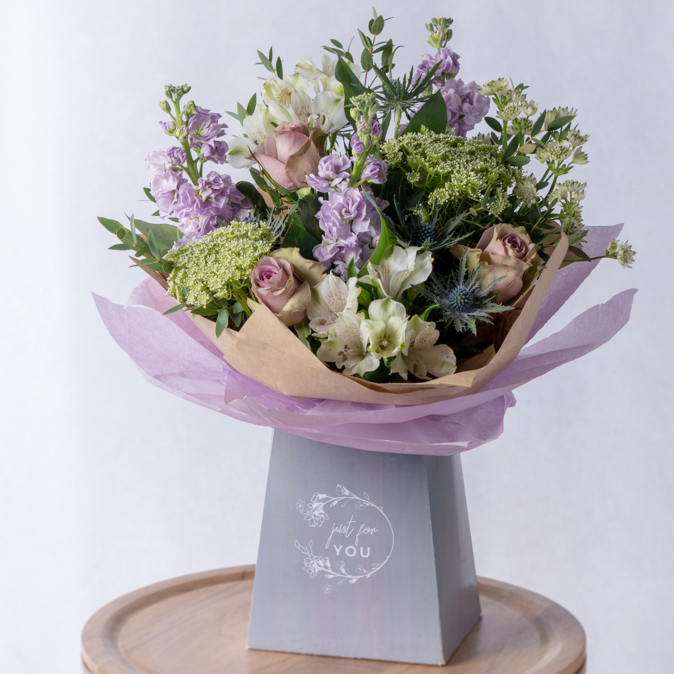 Lilac Gift Bag with Chocs