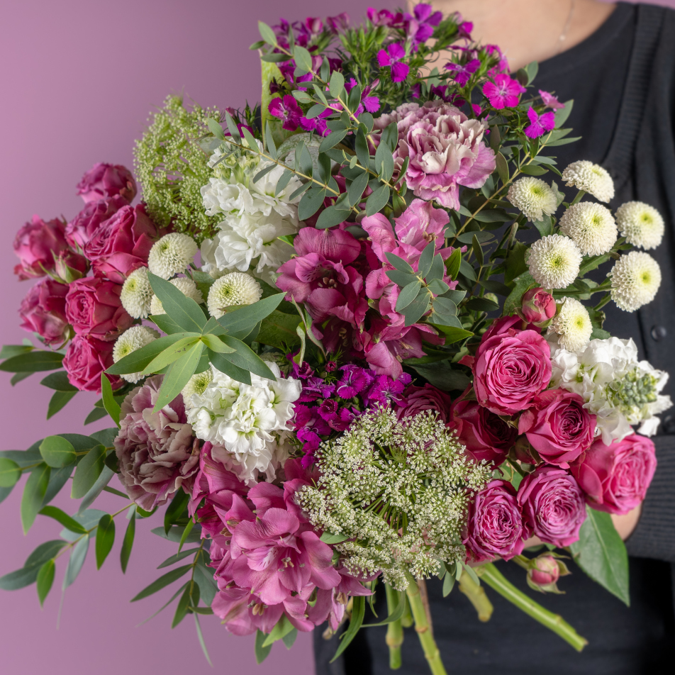 Pink Bouquet with Chocs
