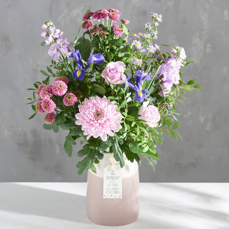Friendship Vase with Chocs